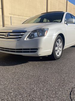 2007 Toyota Avalon for Sale in Tampa,  FL