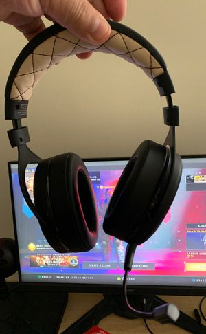 Corsair Gaming headset works for Ps4/ Pc for Sale in Silver Spring, MD