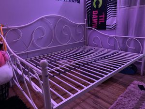 Daybed for Sale in Selma, CA