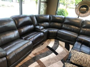 GREAT POWER RECLINING SOFA AND LOVESEAT for Sale in Portland, OR