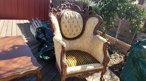 Queenanne antique furniture set for Sale in Moreno Valley, CA