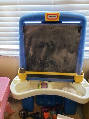 Little tikes chalk board for Sale in Pickerington, OH