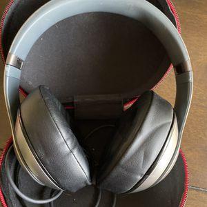 Beats Studio 2 Wireless Headphones for Sale in Dunkirk, NY