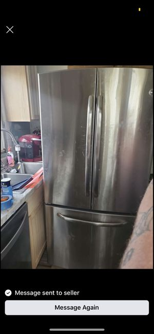 Stainless steel French door General Electric fridge for Sale in Detroit, MI