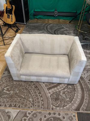 Pet bed couch dog bed for Sale in Los Angeles, CA