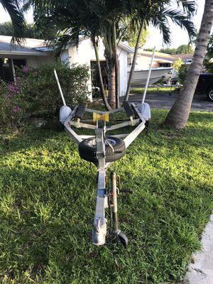 EZ LOADER aluminum boat trailer for Sale in Hollywood, FL