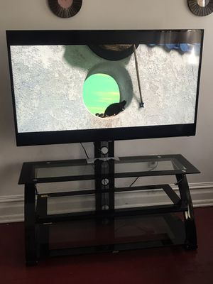 Tv smart 58 for Sale in Allentown, PA