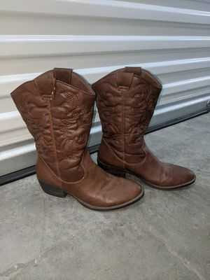 Cowboy boots (Women) for Sale in Norwalk, CA