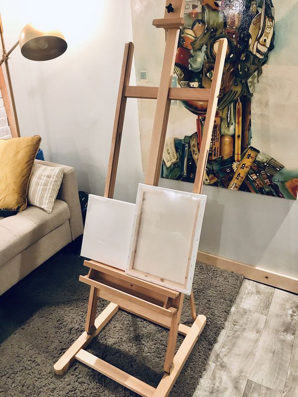Brand New Adjustable Easel!