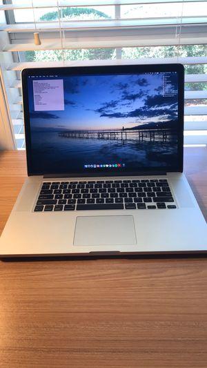 """MacBook Pro w/ Retina Display 15"""" (Silver) - Late 2013 for Sale in Lafayette, LA"""