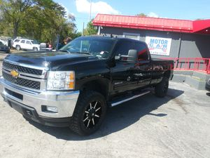 2013 chevy silverado diesel for Sale in Orlando, FL