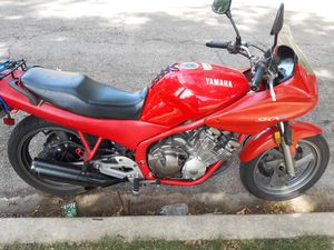 98 Yamaha seca 2 for Sale in Chicago, IL