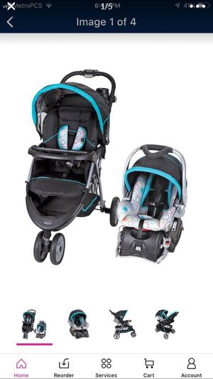 Stroller with car seat and base( carreola con su silla y base ) for Sale in Las Vegas, NV