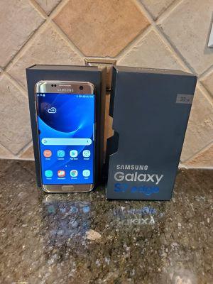 Samsung Galaxy S7 Edge Platinum unlocked Verizon for Sale in Manassas Park, VA
