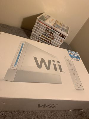 Nintendo Wii with games and remotes included for Sale in Waldorf, MD