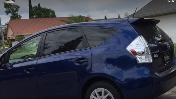 For sale Toyota Prius V good condition