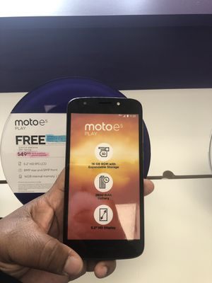 Motoe 5 play Free when you switch or add a new line of service to Metro by T-Mobile for Sale in Lincoln, NE