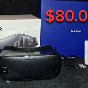 Samsung Gear Vr for Sale in New Haven, CT