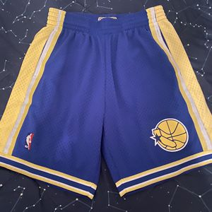 NBA Warriors Shorts (Medium) for Sale in Mableton, GA
