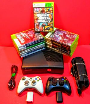 Xbox 360 with 15 games including Grand Theft Auto and 2 wireless Controllers for Sale in Bakersfield, CA