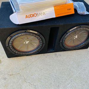 $300 no less / no menos- KICKER Comp R 10s / Vented Sub box / New 3000 Watt Amp / w Bass knob for Sale in Sanger, CA
