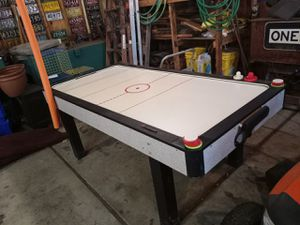 8ft glow in the dark air hockey table for Sale in Dearborn Heights, MI