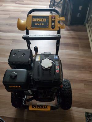 Power wash dewalt 4400psi for Sale in Gaithersburg, MD