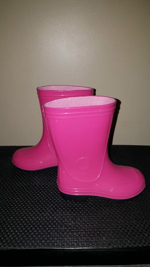 Brand new little girls pink rain boots. Size 8. See photos. for Sale in Meriden, CT