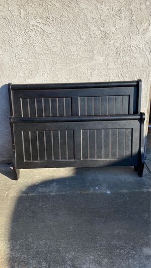 Black Wood Full Sized Bed Frame for Sale in San Diego, CA