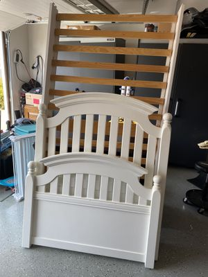 Twin white bed frame for Sale in Livermore, CA