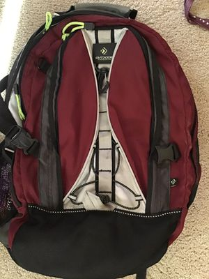 Backpack w/ 3 zipper areas pockets on side clips in front and back Great for Hiking or School Outdoors / 3 purses for Sale in Norco, CA