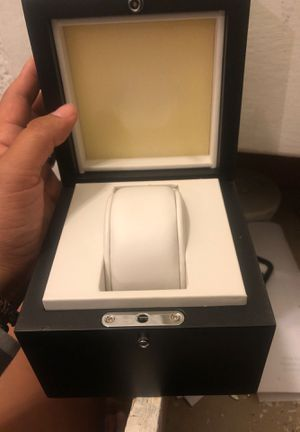 Oakley watch cases for Sale in East Los Angeles, CA