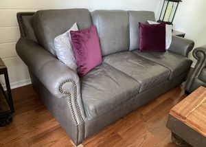 Leather Couch and love seat set for Sale in Chambersburg, PA