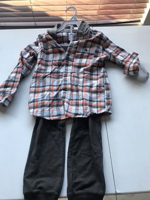 Carter's boy set (size 5t) for Sale in East Los Angeles, CA