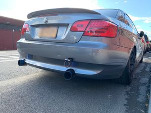 E92 / E93 BMW OEM Rear Bumper with PDC holes Parking Distance Control 328i 335i for Sale in The Bronx, NY