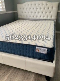 King size White tufted bed w Mattress Included for Sale in San Jose, CA