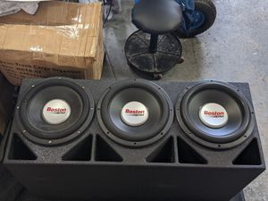 """3 12"""" subwoofer box q bomb for Sale in Marysville, WA"""