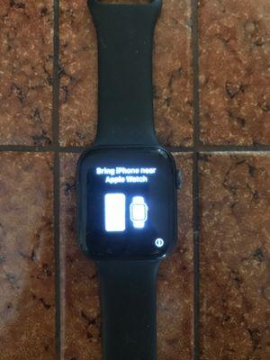 Working Apple Watch series 4 for Sale in Bloomington, CA