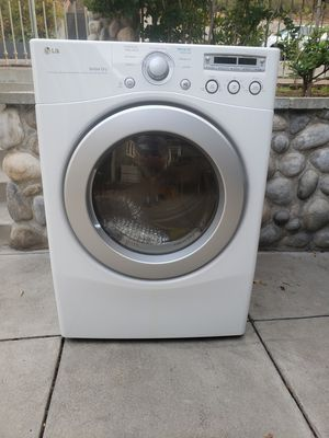 LG gas dryer. for Sale in Los Angeles, CA