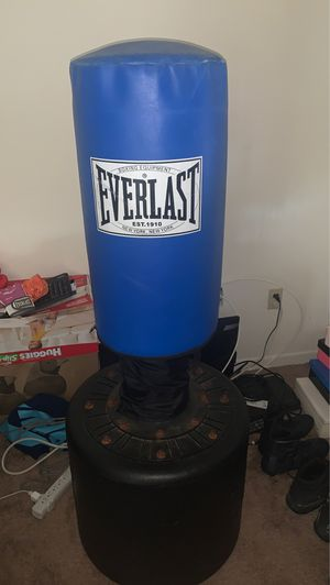 Everlast weighted boxing bag for Sale in West Melbourne, FL