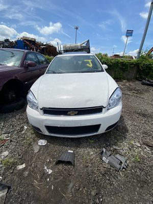 09 chevy impala parting out for Sale in Philadelphia, PA