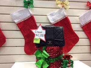 Chanel Cross-body for Sale in Las Vegas, NV