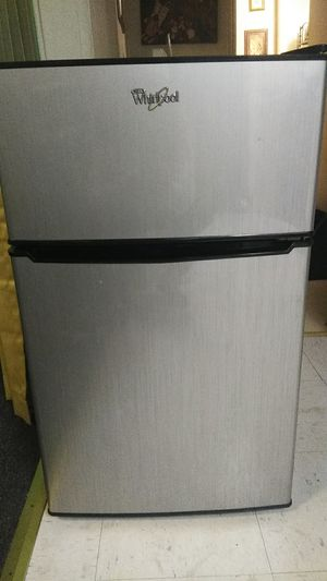 Mini Refrigerator for Sale in Greensboro, NC