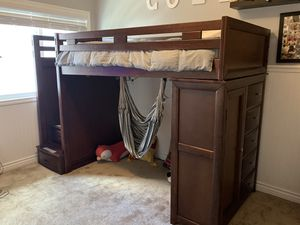 Bunk/loft bed with desk for Sale in Mission Viejo, CA