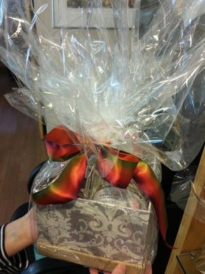 Joelle gift basket for Sale in Silver Spring, MD