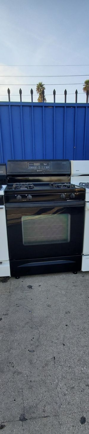 BLACK WHIRLPOOL STOVE APPLIANCE!!! for Sale in Lynwood, CA