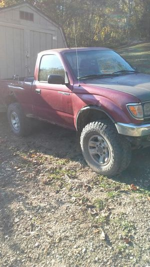 Toyota truck for Sale in Cambridge, OH