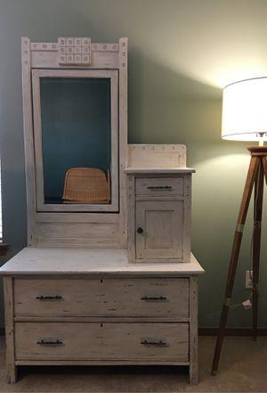 Antique Dresser for Sale in Covington, WA