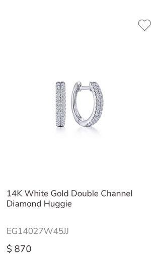 14k white gold Double channel diamond earrings for Sale in Saint Paul, MN
