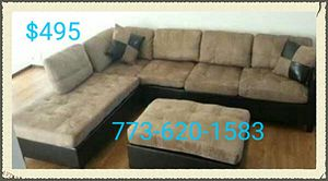 $495 for brand new sectional with reversible chaise!!!! for Sale in Chicago, IL